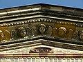 Wien-Josefstadt - Breitenfelder Pfarrkirche - Engel im Gesims II.jpg