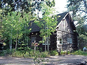 Wild Basin Ranger Station - Image: Wild Basin Ranger Station and House