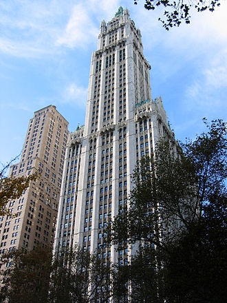 Woolworth Building - Woolworth Building in November 2005