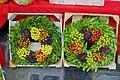 Wreaths at the market in Hauptmarkt - Nuremberg, Germany - DSC01782.jpg