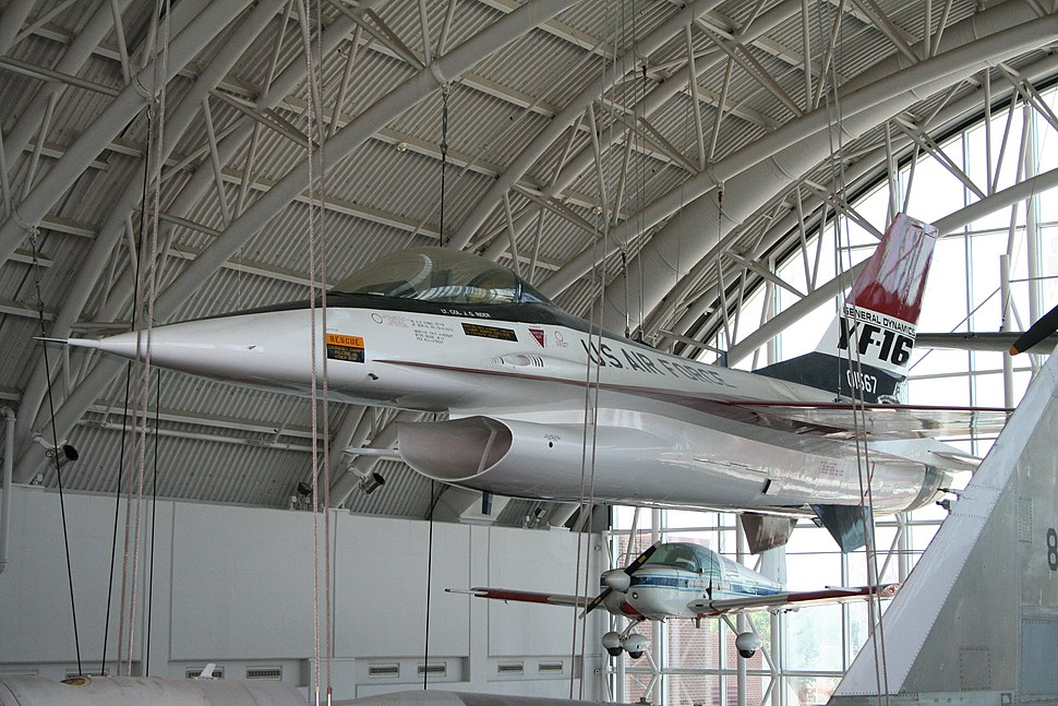 YF-16 VASC