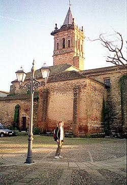 Zalamea la Real, die Kirche Maria Himmelfahrt.jpg