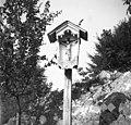 Znamenje pod Dolenjo vasjo 1949.jpg