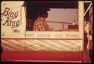 """Strong City, Kansas - """"Bing the King"""" playing organ at the Flint Hills Rodeo (1974)"""