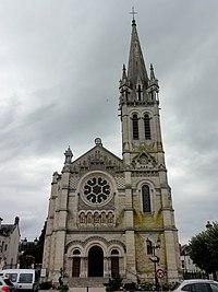 Église Saint-Étienne de Briare 1.JPG