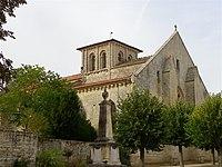 Église Saint-Maixent à Prahecq.jpg
