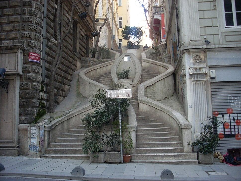 İstanbul - Kamondo Merdivenleri - Mart 2013