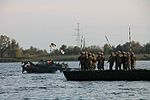 Інженерні підрозділи навели на Дніпрі під Херсоном понтонно-мостову переправу (29837781364).jpg