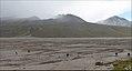 Вверх по долине Сарыджаза (7881189992).jpg