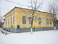 Дом крупного торговца Мирошникова( сейчас Военкомат), построен в 1865 году. Улица Ст. Большевиков д.6 (2).JPG