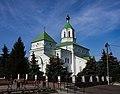Святомиколаївський собор з площі.jpg