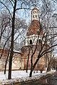 """Симонов монастырь, башня """"Солевая"""" снаружи монастыря - panoramio.jpg"""