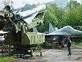 Современное вооружение - panoramio.jpg