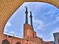 سر درب ومناره های مسجد جمعه یزد Jomeh moque Yazd - panoramio.jpg