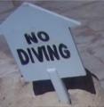 علامة ممنوع الغوص في مسبح في شرم الشيخ 13.PNG