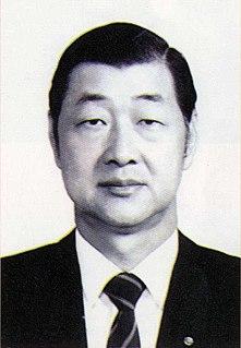 Sheu Yuan-dong Taiwanese politician (b. 1927, d. 1998)