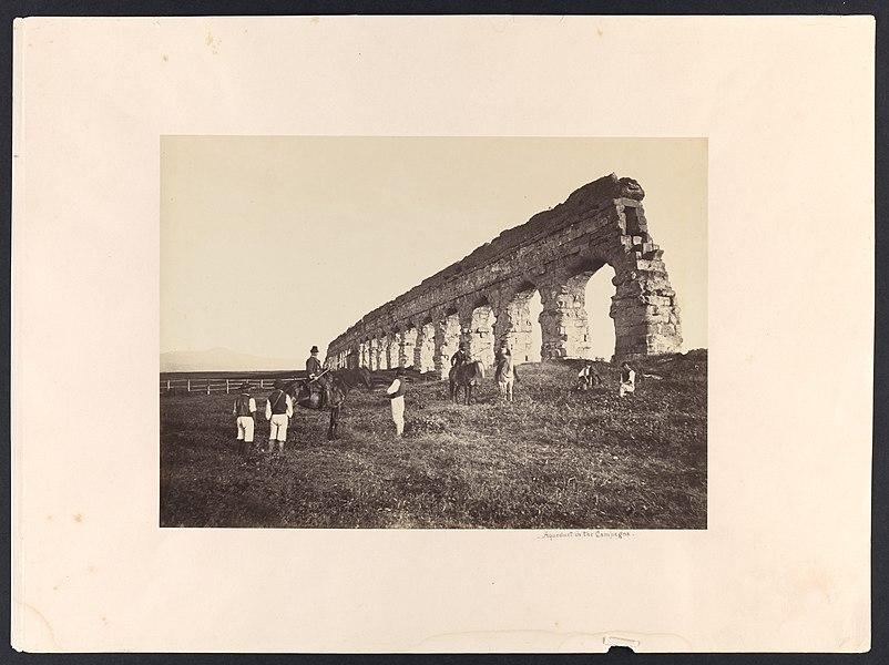 roman aqueduct - image 8