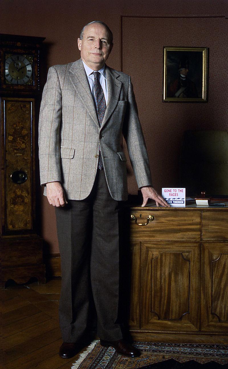 10th Duke of Richmond %26 Gordon 4 Allan Warren.jpg