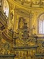 186 Sacra Capilla del Salvador, reixa i capella major.jpg