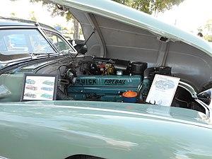 Buick Straight-8 engine - Image: 1947 Buick Roadmaster with Fireball 8