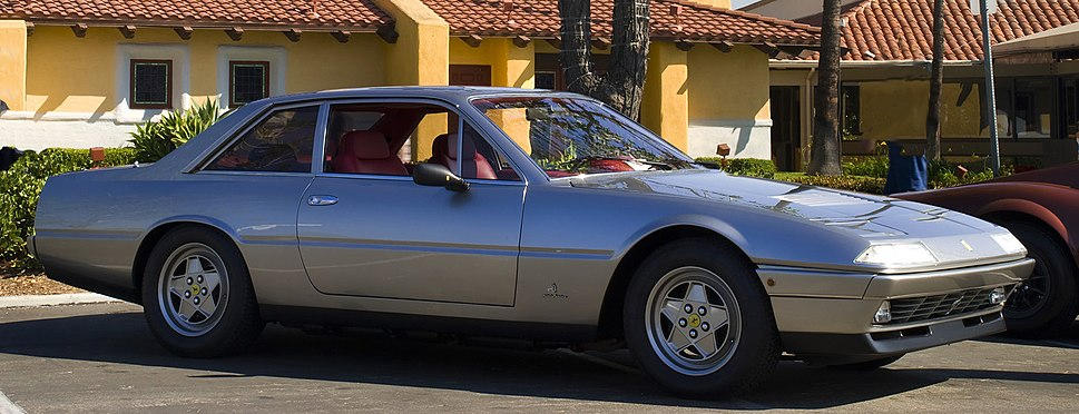 1988 Ferrari 412 front