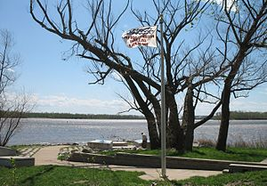 Jones-Confluence Point State Park - The park's monument to the Great Flood of 1993, when water reached the top of the pole and was at 438.2 feet.  The confluence site is normally 400 feet above sea level.  The Mississippi is on the left and Missouri on the right.