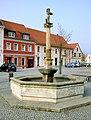 20090404295MDR Bad Düben Marktbrunnen.jpg