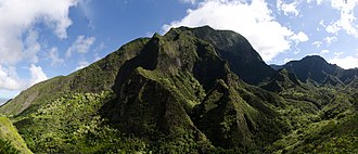 Iao Valley - Image: 2011 Oct 02 Iao Valley Mountainside Panorama crop