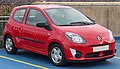2011 Renault Twingo Pzaz 1.1.jpg
