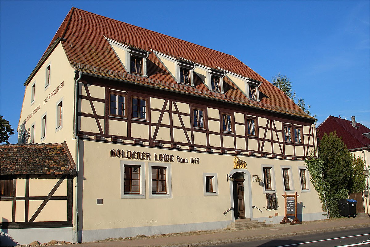 Burgschänke Goldener Löwe – Wikipedia