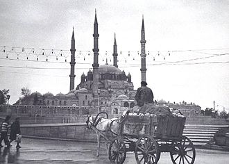 Edirne - Edirne in the first quarter of the 20th century. In the background is the Selimiye Mosque