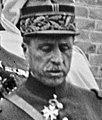 3-8-26, visite du Sultan à l'émetteur de Ste-Assise - Le général Mougin (cropped).jpg