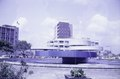 ASC Leiden - NSAG - van Dis 5 - 024 - A city roundabout with a modernistic fountain and a huge pool - Lagos, Nigeria - February 14, 1962.tiff