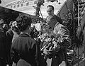 Aankomst filmacteur Gary Cooper op Schiphol, Bestanddeelnr 907-0724.jpg