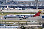Air Nostrum, Canadair CL-600-2D24 Regional Jet CRJ-900ER, EC-JZT - MAD (21955727674).jpg