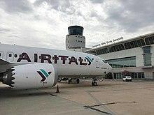 Boeing 737 MAX 8 in sosta presso l'Aeroporto Olbia Costa Smeralda