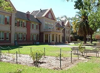 Albury High School Government-operated comprehensive secondary school in Australia
