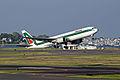 Alitalia Boeing 767.jpg