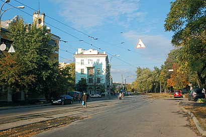 How to get to Дврз with public transit - About the place