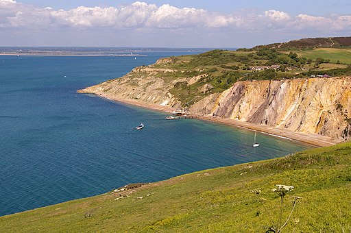 Alum Bay, Isle of Wight - geograph.org.uk - 1727170