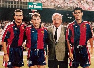 Guillermo Amor - Amor (far left) as a Barcelona player