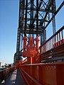 Anclajes y cables en el Nuevo Puente Nicolás Avellaneda.jpg