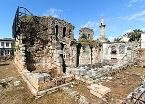 Kesik Minare - Ruins of mosque