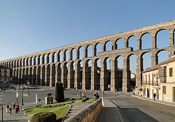 English: Aqueduct of Segovia, Spain Français :...
