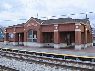 Ashburn, Chicago - Ashburn station at 83rd Street and Central Park Avenue.