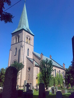 Asker Church 06.jpg
