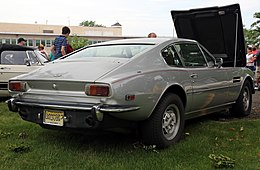 Aston Martin V8 coupé series 3, US spec.jpg