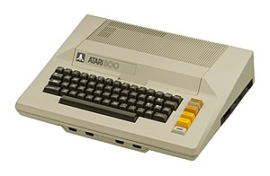 Atari 8-bit family - The Atari 800, featuring a full keyboard and dual-width cartridge slot cover.