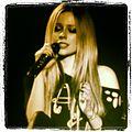 Avril Lavigne eyes shut, Hammersmith Apollo.jpg