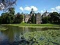 Bückeburg - Wasserschloss ab 1304, heutige Ansicht 16. Jh..jpg